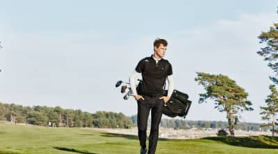 Arguable one of the most stylish Golf Apparel brands on the planet is J Lindberg. The Scandinavian brand is not just for the links, but whether you are wearing the Troy Pique Polo or the Bridge TX Jersey you are going to look your best. J Lindberg is a true fashion meets function brand which has found a place in the golf community. In fact, Aaron Rodgers of the Green Bay Packers can eb seen wearing J Lindberg in a recent State Farm commercial. The KV TX Jersey Polo is our pick for the best golf polo this year. The subtle JL logo on the collar is a standout in simplicity and boldness.